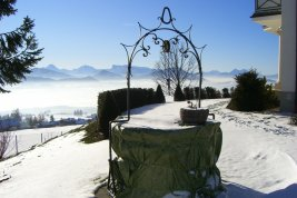 Real Estate in 5020  Salzburg: FRONT ROW IN THE SALZKAMMERGUT: Luxurious country villa in a breathtaking panoramic location! - Picture